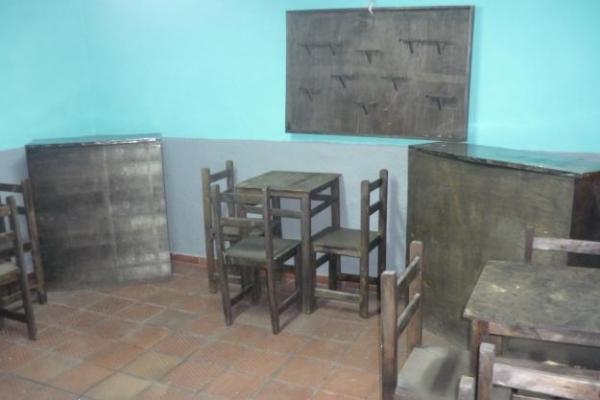 1270564873-86236121-1-muebles-para-restaurante-bar-ciudad-tunal-1270564873C9534335-D422-834F-3D57-1DC97B336F66.jpg