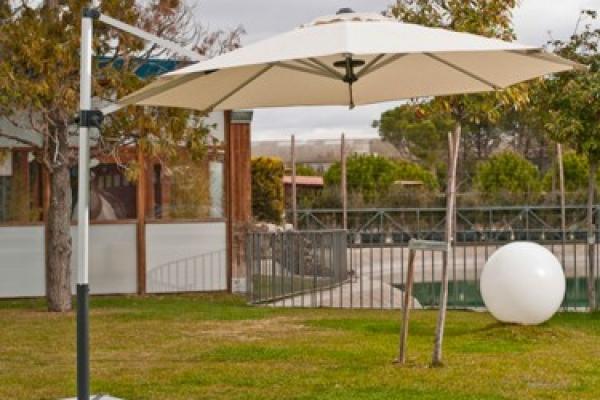 parasol-de-aluminio-con-lampara-ledE77D7564-0AAA-9505-40DF-9E293CEACA2C.jpg