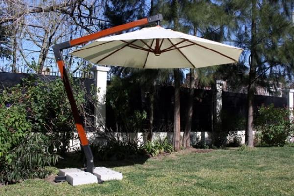 parasol-hanging-web67DAFA20-0A43-6E07-6E44-EA22C897EED7.jpg